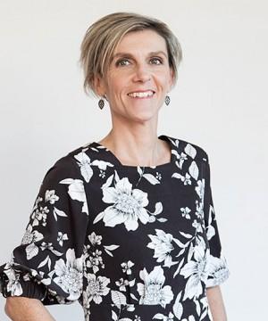 Dr Susan Oldfield